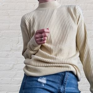Vintage muted yellow knit. Ribbed with high neck & long sleeves. Size Medium